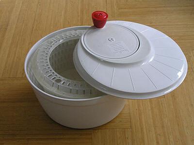 salad spinner centrifuge sieve