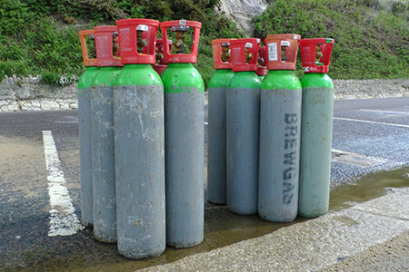gas heat expansion cylinders