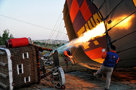 hot air balloon expansion